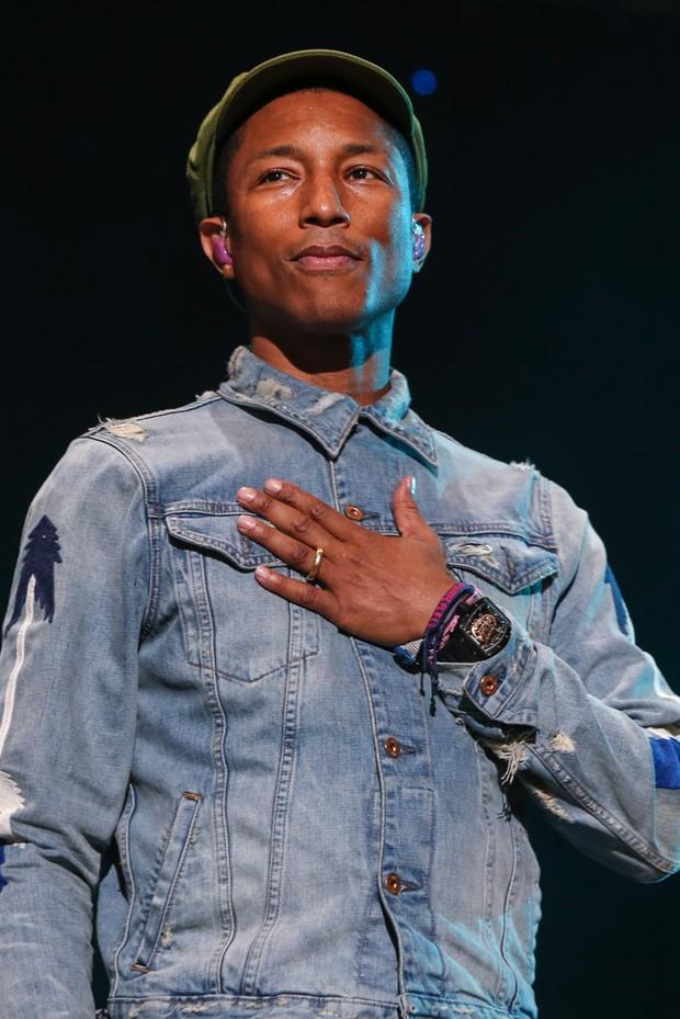 Pharrell Williams usou relógio de R$ 1,6 milhão em show no Lollapalooza