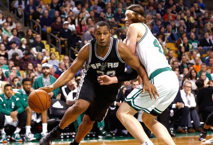 Boris Diaw, Spurs X Celtics (Foto: Agência Reutes)
