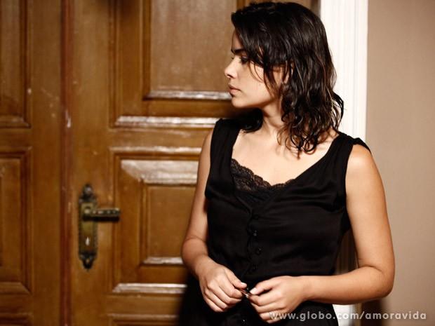 Aline tranca César dentro do quarto (Foto: Inácio Moraes/TV Globo)