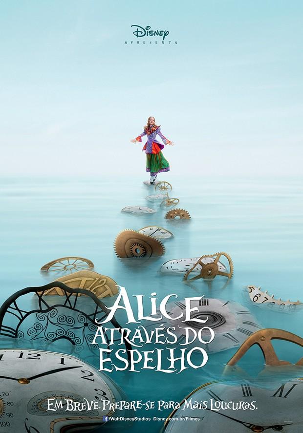 Pôster oficial de 'Alice através do espelho' (Foto: Divulgação)