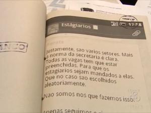 Dupla usava WhatsApp para manter contato com as vítimas (Foto: Reprodução/TV Amapá)