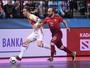 Ricardinho faz mais um golaço, mas Portugal cai diante da Espanha na Euro