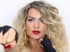 Dani Vieira posa com look básico e sedutor: 'Diferente do que já fiz'