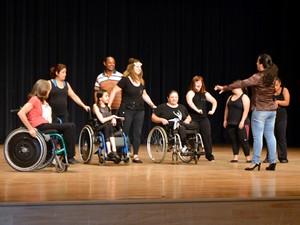 Companhia de dança Humaniza promove espetáculos com pessoas com deficiência em Campinas (Foto: Arthur Menicucci/ G1 Campinas)
