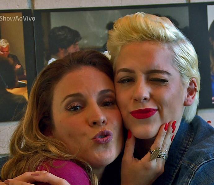 Sophia conta sobre mudança radical de cabelo (Foto: TV Globo)