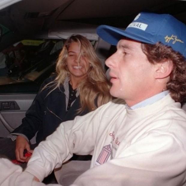 Adriane Galisteu posta foto antiga com Ayrton Senna (Foto: Instagram / Reprodução)