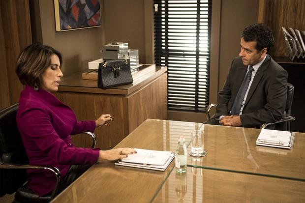 Beatriz (Gloria Pires) e Aderbal (Marcos Palmeira) mostraram a corrupção na novela Babilônia (Foto: Globo/João Cotta)