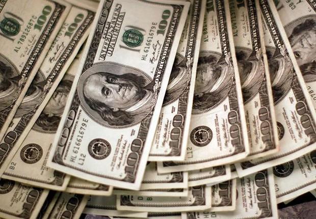 Notas de dólares ; dólar ; moeda americana ; câmbio ;  (Foto: Rick Wilking/Reuters)