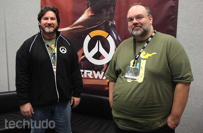 Bill e Scott, produtores de Overwatch, falam da diversidade do game (Foto: Felipe Vinha/TechTudo)