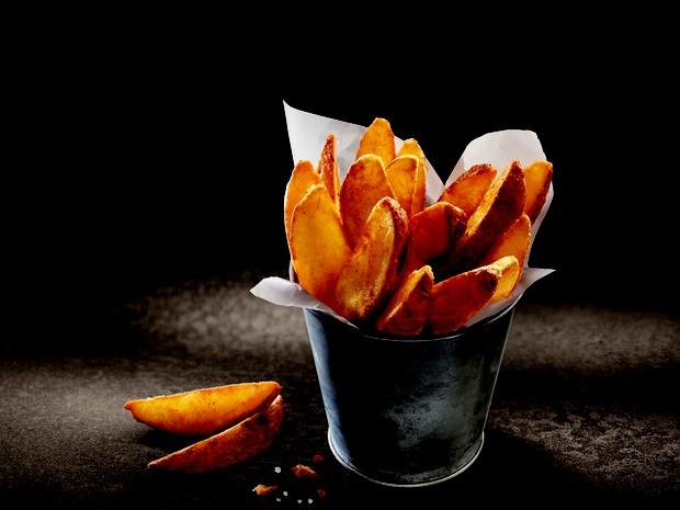 McDonald's lança Batatas Rústicas hoje (05) disponídel em todos os restaurantes da rede no Brasil  (Foto: McDonald's )