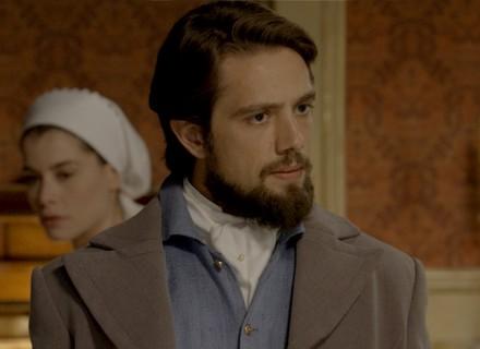 Felipe confronta Vitória e exige explicação