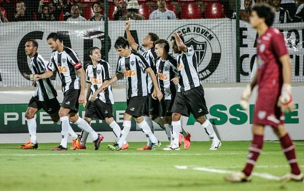 Jogadores do Atlético-MG comemoram o gol (Foto: Bruno Cantini  / Site Oficial do Atlético-MG)