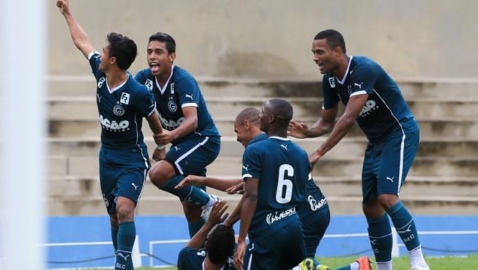 Atlético-GO  x Goiás no Serra Dourada (Foto: Weimer Carvalho/O Popular)