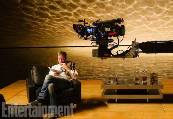 O diretor Denis Villeneuve no set da continuação de 'Blade Runner' (1982) (Foto: Divulgação)