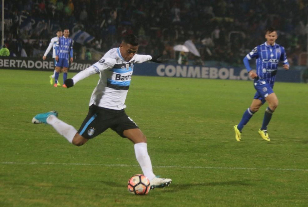 Pedro Rocha Grêmio Mendoza (Foto: Eduardo Moura/GloboEsporte.com)