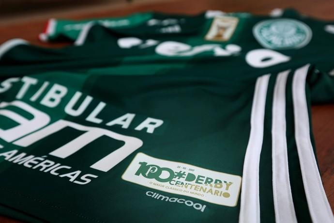 Palmeiras mostra camisa que usará no Dérbi, com selo comemorativo
