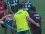 Moisés torce joelho, sai chorando e vira preocupação no Palmeiras