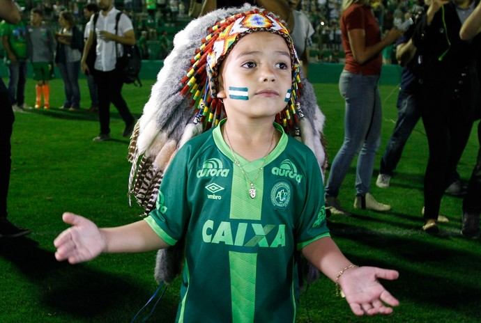 índio Condá Chapecoense mascote (Foto: MARCELO D. SANTS/FRAMEPHOTO/ESTADÃO CONTEÚDO)