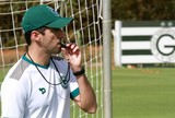 Reunião define permanência de técnico Léo Condé no Goiás