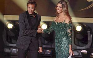 Fernanda Lima conta que teve que rasgar manga do vestido que usou na Bola de Ouro