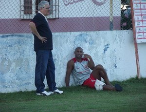 Poupado do treino, Cascata deve enfrentar o Atlético-PR pela Copa do Brasil (Foto: Jocaff Souza)