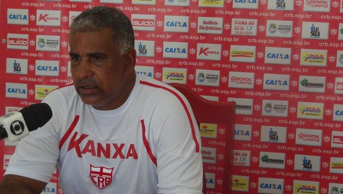 Ademir Fonseca CRB (Foto: Viviane Leão/GloboEsporte.com)