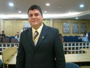 Presidente da Câmara de Vereadores de Cachoeiro, Julio Ferrari, era a favor da redução, espírito santo (Foto: Divulgação/ Câmara de Vereadores)