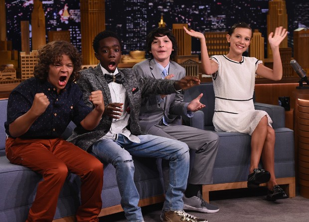 Finn Wolfhard, Millie Bobby Brown, Gaten Matarazzo e Caleb McLaughlin  (Foto: Theo Wargo/Getty Images)