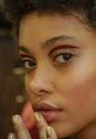 'Pele natural é tendência definitiva', diz Fabi Gomes em desfile no SPFW