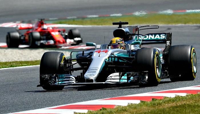 Lewis Hamilton e Sebastian Vettel no GP da Espanha