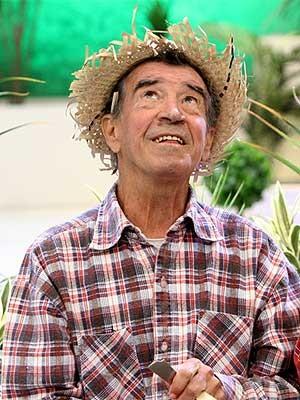 Morre ator Clayton Silva, humorista do bordão 'tô de olho no sinhô' (Foto: Divulgação/SBT)