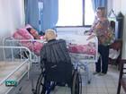 Beneficiários há 23 anos, idosos têm plano de saúde cancelado