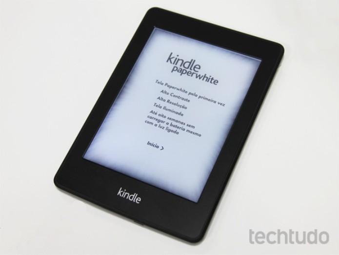 Kindle Paperwhite, o e-reader da Amazon com tela iluminada (Foto: Isadora Díaz/TechTudo)