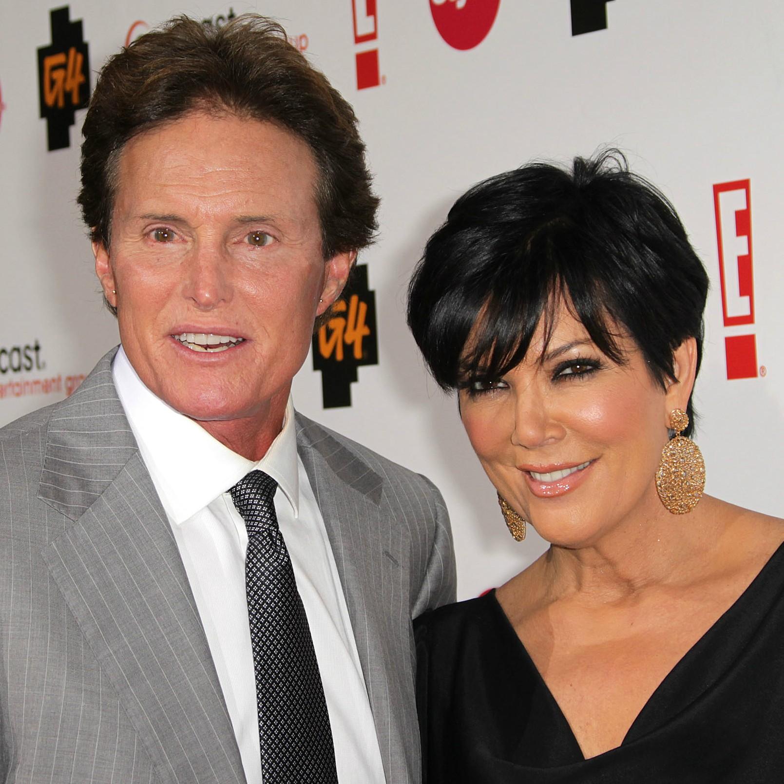 A matriarca das Kardashians, Kris Jenner, teve mais sorte. Ela conheceu o ex-atleta olímpico Bruce Jenner num encontro às cegas em 1991. Casaram-se cinco meses depois e ficaram juntos por 22 anos, ou seja até 2013. (Foto: Getty Images)