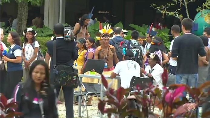 Membros da sociedade civil organizada marcam presença na conferência (Foto: Jornal do Amazonas)