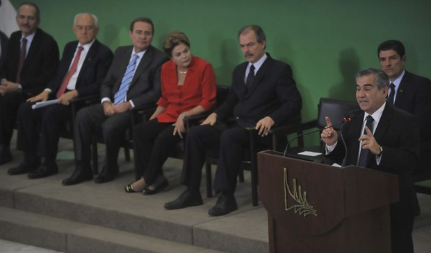 O ministro da Secretaria-Geral da Presidência, Gilberto Carvalho, durante evento em favor de direitos trabalhistas na Copa (Foto: José Cruz/Agência Brasil)