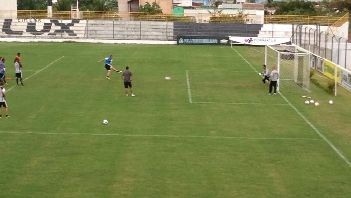 Treze, treinamento de pênaltis (Foto: Silas Batista / Globoesporte.com/pb)
