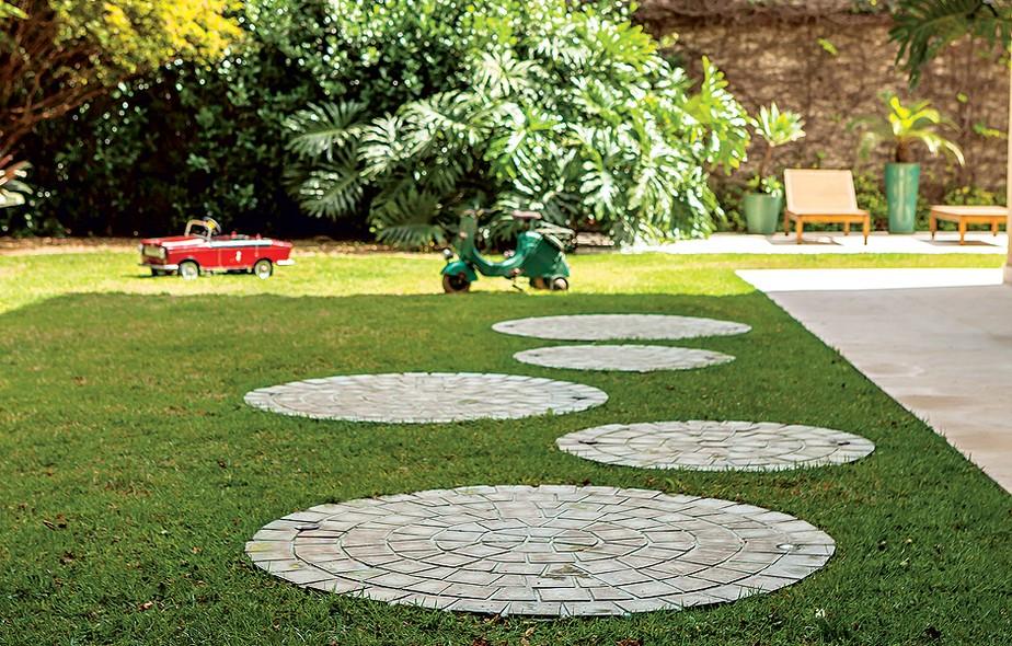 Quintais e jardins casa e jardim galeria de fotos for Casas e jardins simples