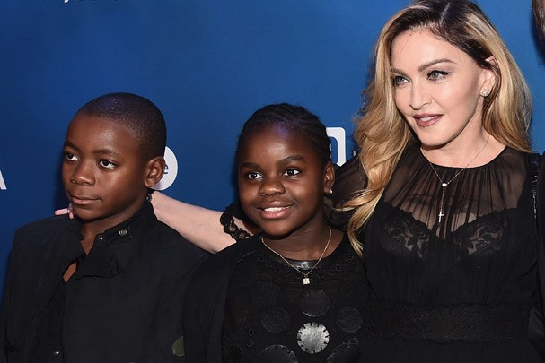 Madonna e seus filhos (Foto: Getty Images)