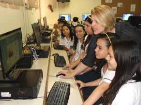 Professora Alessandra Rizzo criou um blog de História para ajudar os alunos 2 (Foto: Divulgação/Alessandra de Paula)