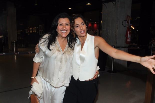 Regina Casé e Camila Pitanga (Foto: Marcello Sá Barretto / AgNews)