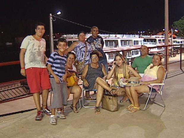 Famílias aproveitaram o carnaval de Barra Bonita (Foto: Reprodução / TV TEM)