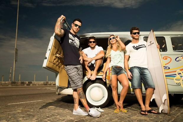 Klebber Toledo, Humberto Carrão, Felipe Titto e a modelo Andressa Suita (Foto: Divulgação)