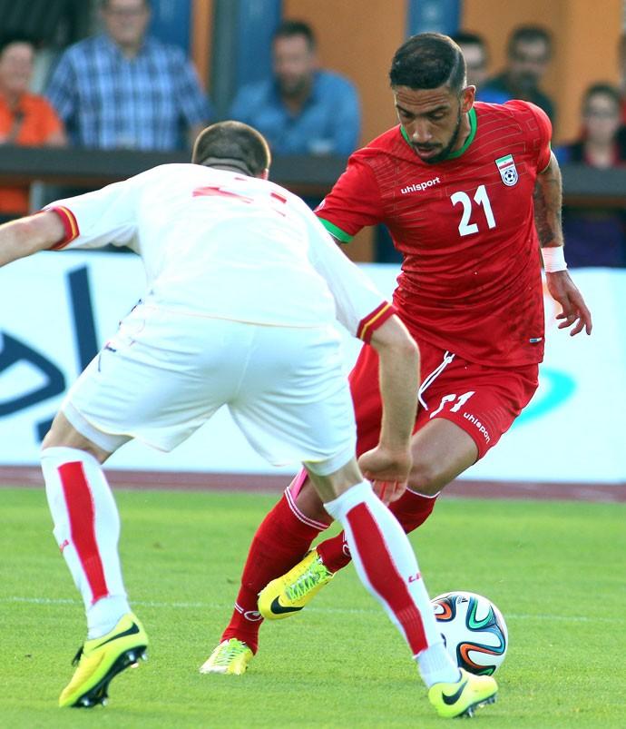 Dejagah e Sasa Montenegro e Irã (Foto: Agência AP )
