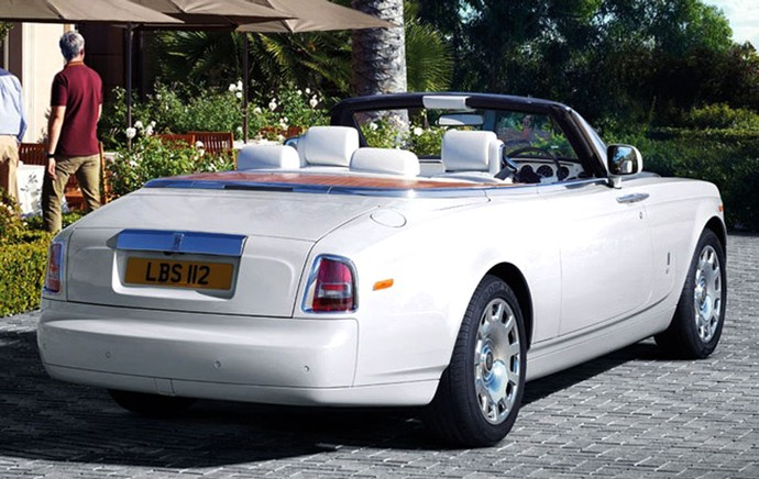 Rolls Royce Phantom carros de Cristiano Ronaldo (Foto: Divulgação / Site Oficial)