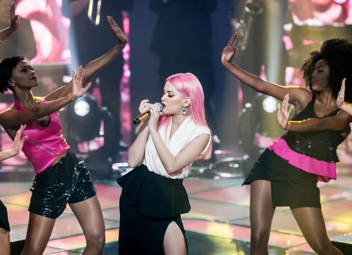 Nikki dança no palco (Foto: Isabella Pinheiro/Gshow)