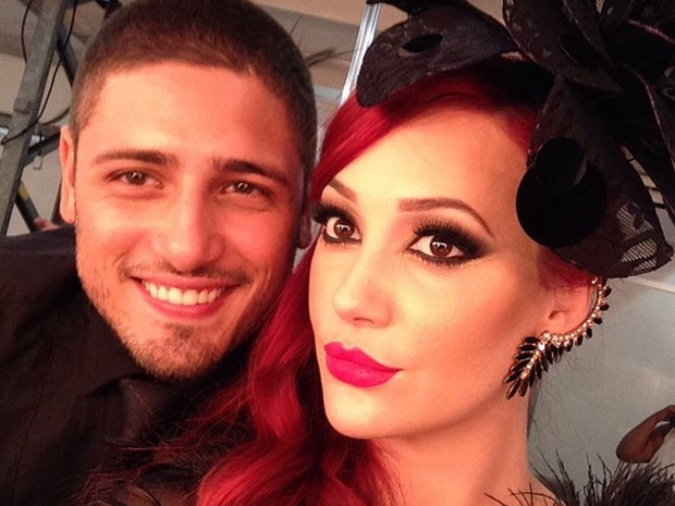 Olha o casal LucaDu na selfie exclusiva! (Foto: Gshow)