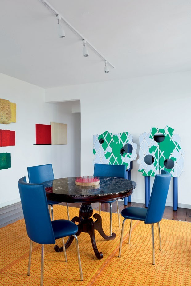 Décor do dia: sala de jantar color block (Foto: Filippo Bamberghi)