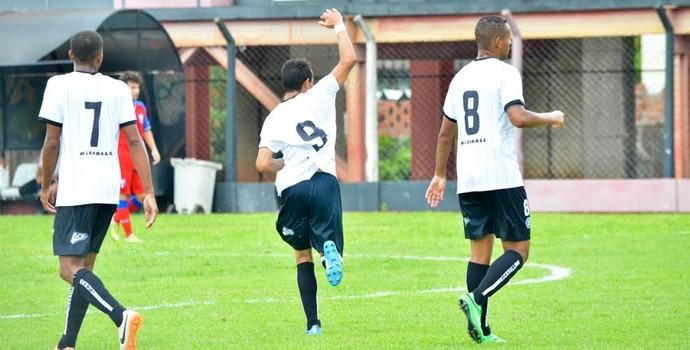 Guaratinguetá x Rio Branco-SP Série A2 (Foto: Sanderson Barbarini / Foco no Esporte)