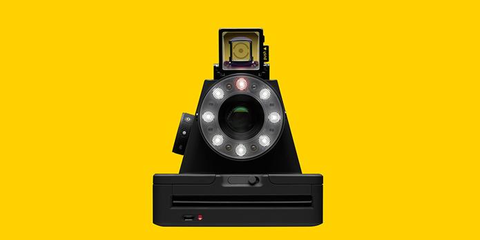 Câmera usa o mesmo tipo de filme fotográfico das Polaroid originais (Foto: Divulgação/Impossible Project)